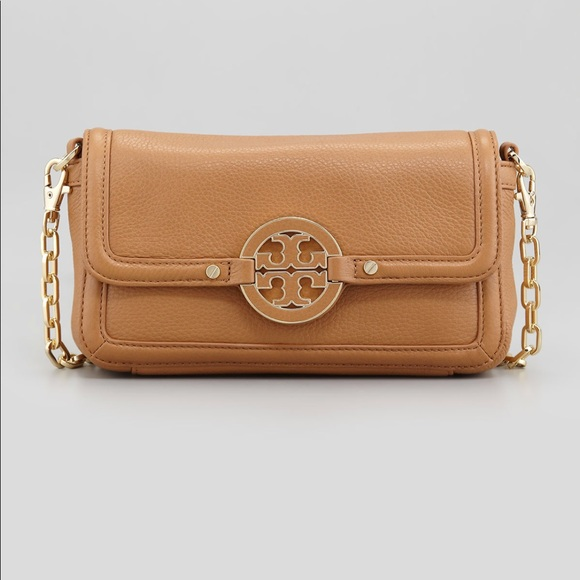 397c9eca2ca Tory Burch Amanda Chain Strap Mini Crossbody Bag. M 5af7acc1c9fcdf3add856cc6